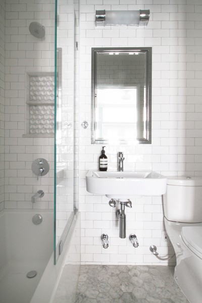 http://jjnorrisinteriors.com/files/gimgs/th-17_bath.jpg