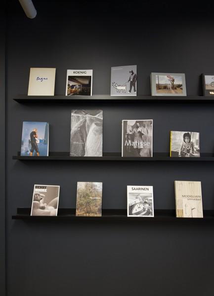 http://jjnorrisinteriors.com/files/gimgs/th-34_bookshelves.jpg